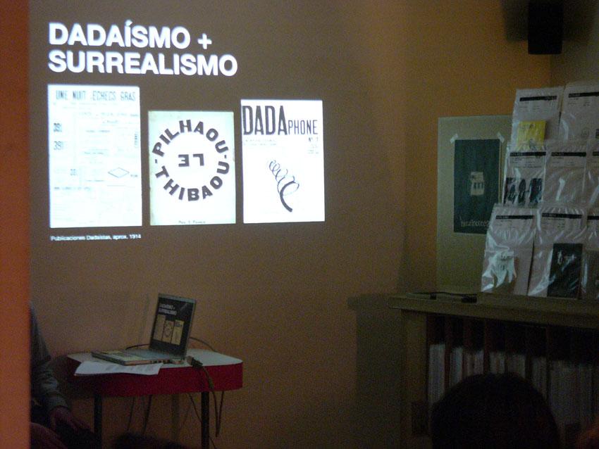 La fanzinoteca en EnMedio - durante la charla
